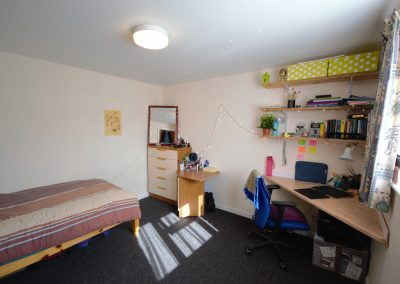 7 Boverton Road (Bedroom 1)